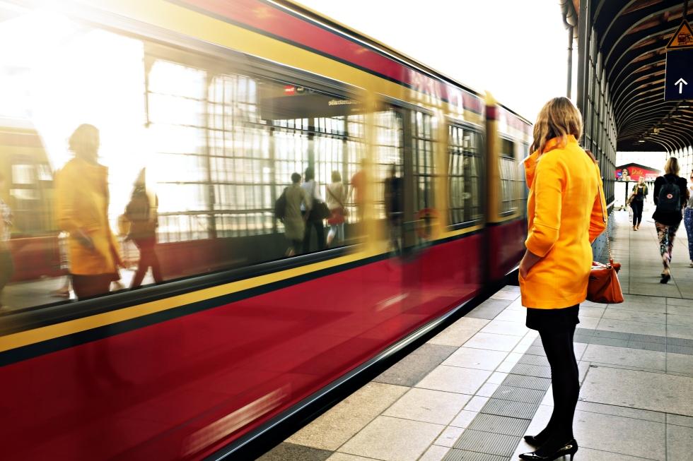 2015-12-Life-of-Pix-free-stock-photos-subway-girl-reflection-macnicolae